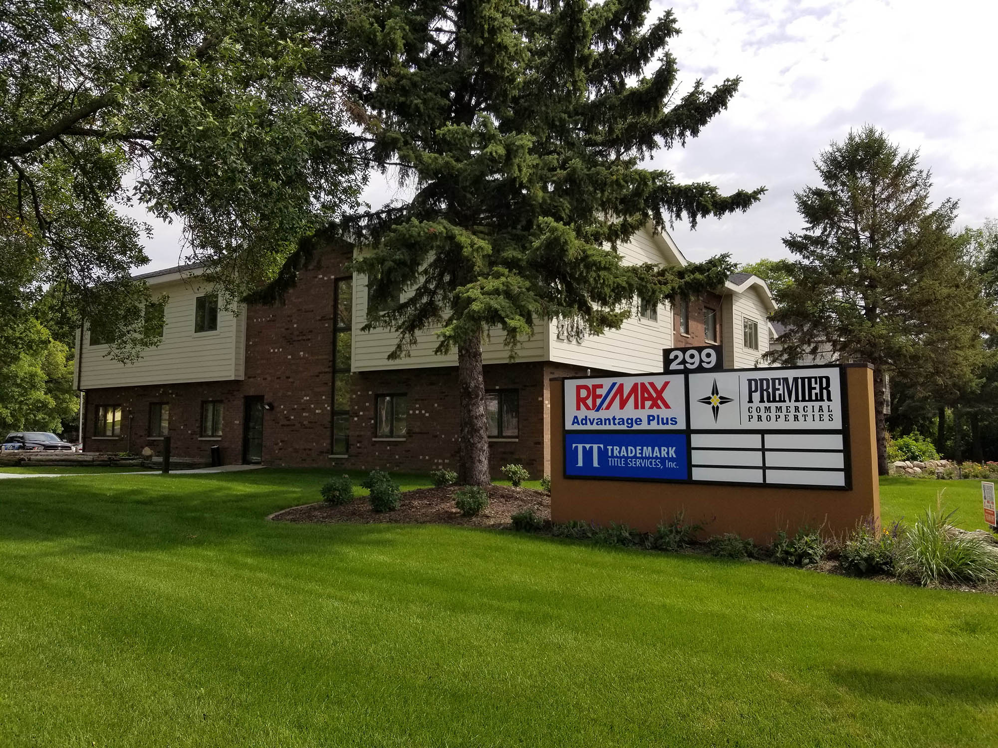Premier Commercial Properties Moved Coon Rapids